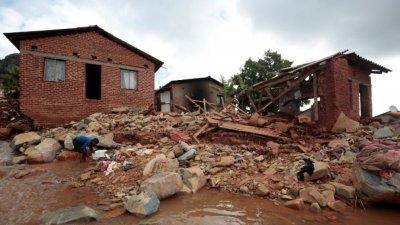 Циклон отне шест живота в Мозамбик