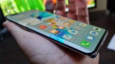 Huawei продава сериите P и Mate, за да ги спаси от американските санкции