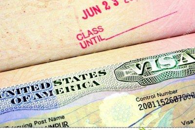 Поптодорова зове САЩ да махнат визите за българи