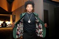 снимка 10 Церемонията, наречена драфт в НБА - сълзи, бляскави костюми и прически (СНИМКИ И ВИДЕО)