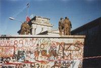 снимка 20 58 години от онзи 13-ти август, който раздели Германия (СНИМКИ)