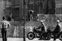 снимка 18 58 години от онзи 13-ти август, който раздели Германия (СНИМКИ)