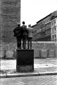 снимка 13 58 години от онзи 13-ти август, който раздели Германия (СНИМКИ)