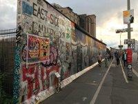 снимка 5 58 години от онзи 13-ти август, който раздели Германия (СНИМКИ)