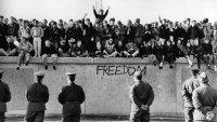 снимка 19 58 години от онзи 13-ти август, който раздели Германия (СНИМКИ)