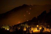 снимка 5 Огромен пожар евакуира хиляди на Канарите (СНИМКИ)