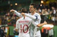 снимка 3 Вратар на ЦСКА изгледа на живо исторически мач на Кристиано Роналдо в Литва (СНИМКИ И ВИДЕО)