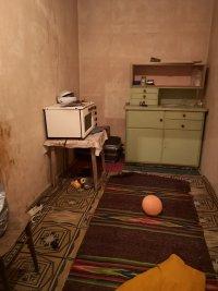 снимка 2 Зов за помощ: Майка на 2 малки деца мизерства в Русенско (СНИМКИ)