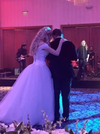 снимка 2 Ето я тайната сватба на Антония Петрова (Галерия)