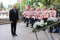 снимка 6 Вижте кои политици уважиха Деня на Европа в София (ГАЛЕРИЯ)