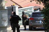 """снимка 5 Командоси и прокурори блокираха квартал """"Симеоново"""""""