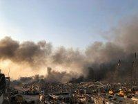 снимка 1 Шокиращи кадри от експлозията в Бейрут (ВИДЕО+СНИМКИ)