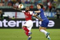снимка 2 Челси попиля Арсенал за едно полувреме в мач за историята (ГАЛЕРИЯ)
